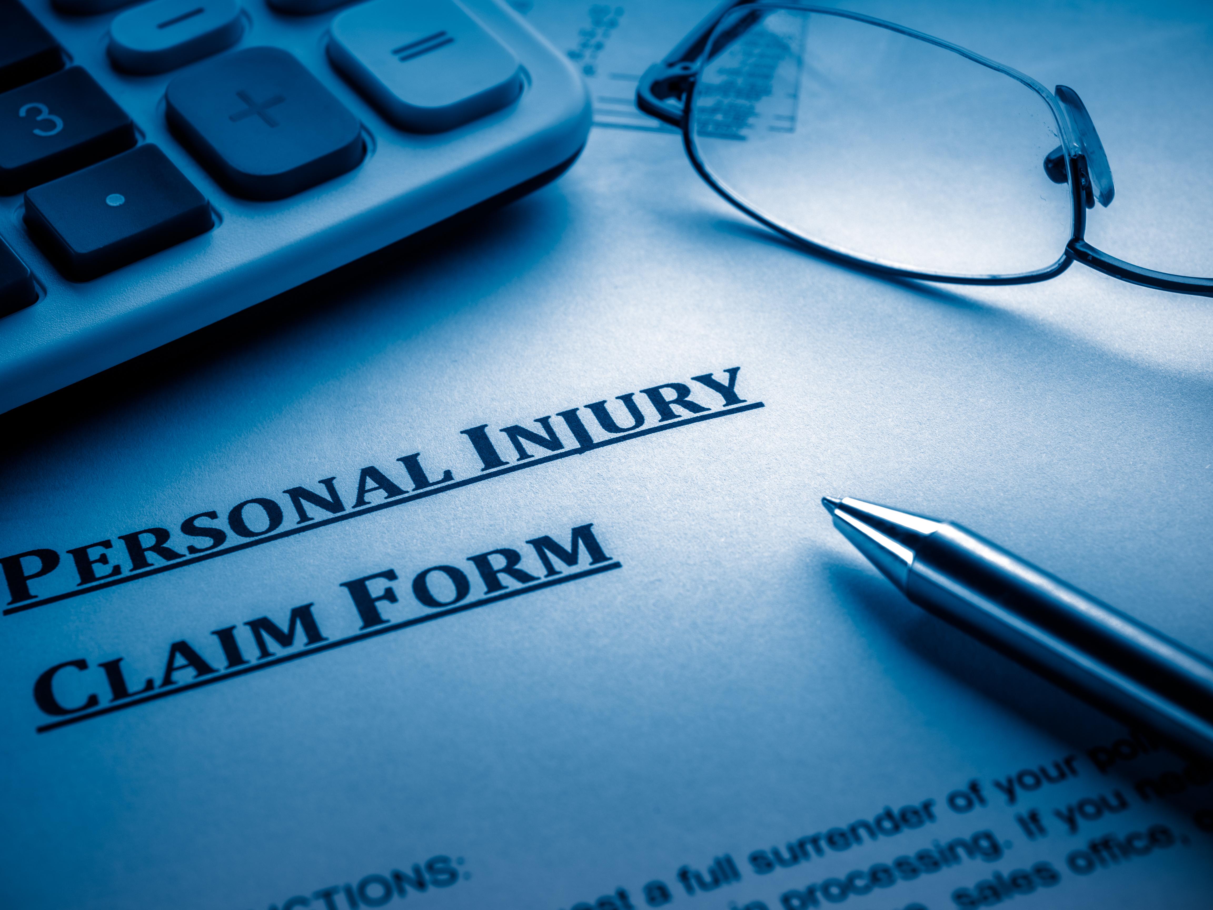 Lo Que Consideran e Investigan Los Abogados Especializados en Lesiones Personales al Momento de Tomar un Nuevo Caso